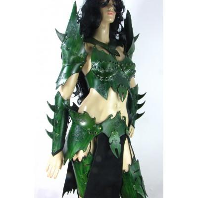 #_witch_emerald_q35